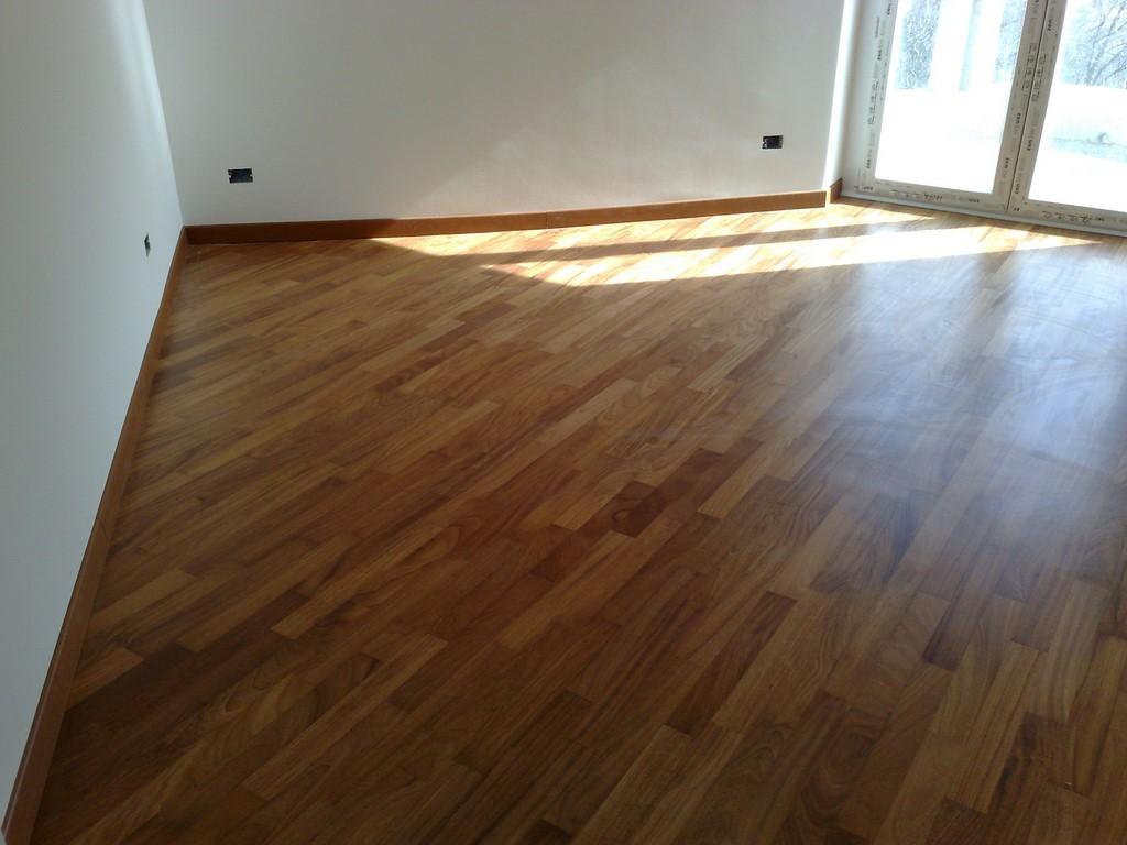 da letto con pavimento realizzato in Parquet